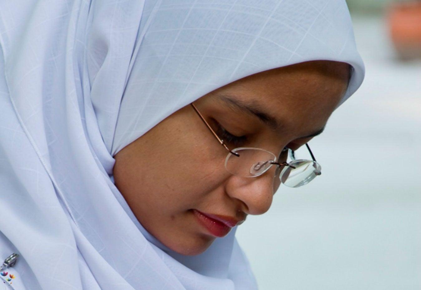 1472829819_muslim_woman_ramadan